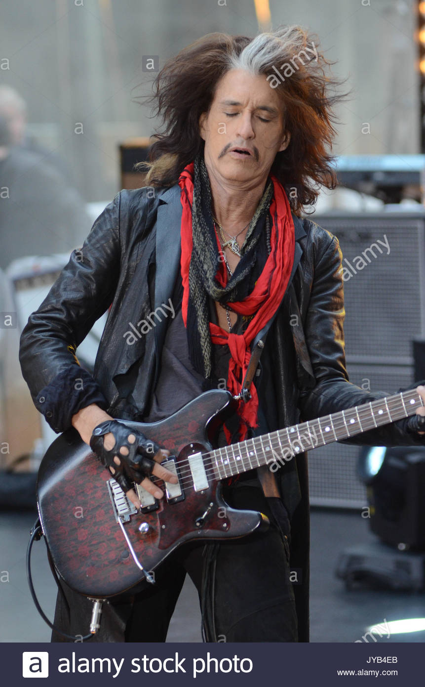 Joe Perry Wiring Library 1990 Chevy Pchis Diagram Original Motorhome Stepvan Aerosmith Performs On The Today Show In Nyc