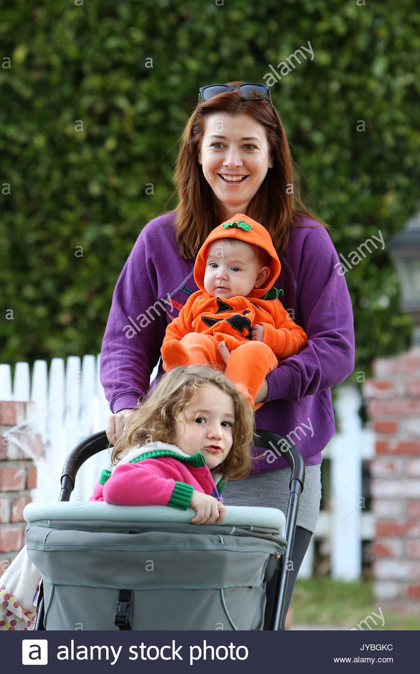 Alyson Hannigan And Keeva Denisof Stock Photos & Alyson ...