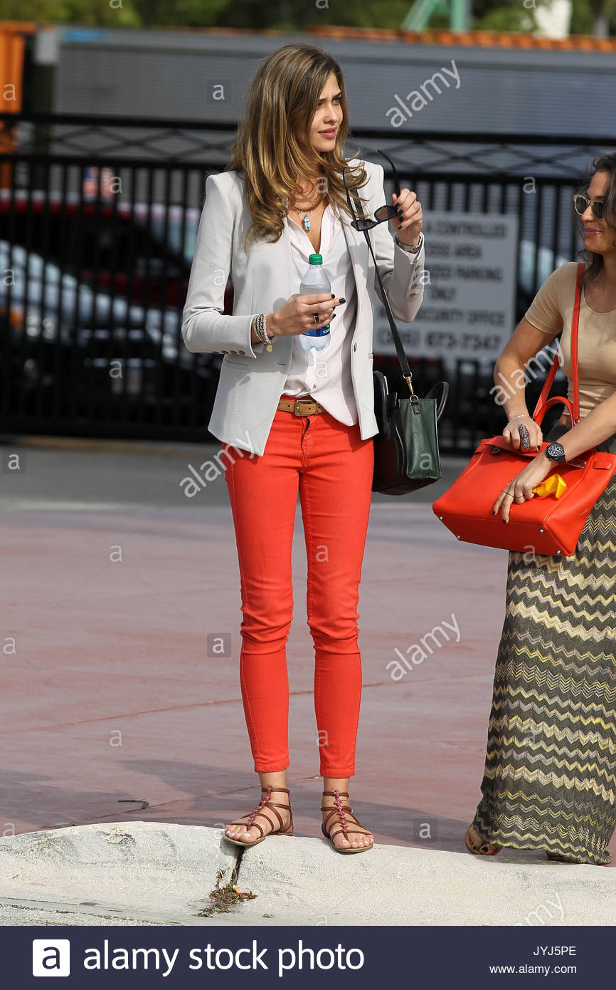 Bobbie Phillips,Jane Powell Hot picture Michaela Dolinova,Yamila Diaz-Rahi ARG