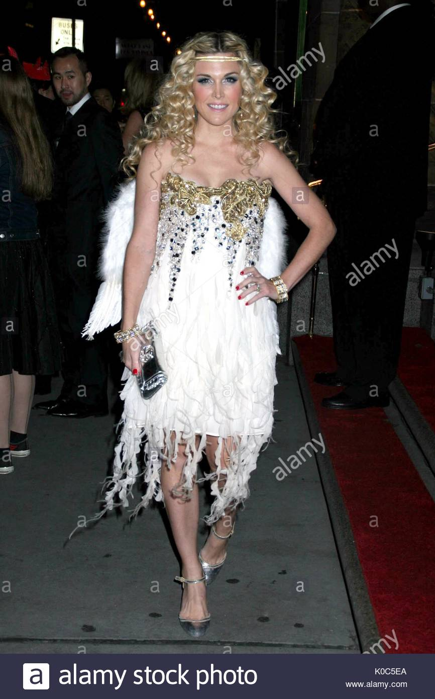 tinsley mortimer at a halloween party hosted by roberto and eva cavalli giuseppe cipriani and roberto