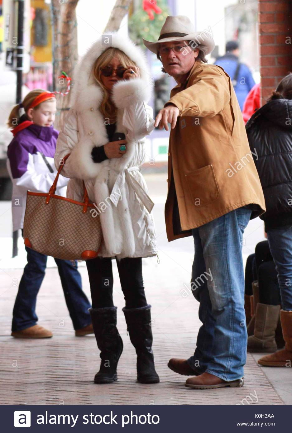snow bunny dating Why are white girls called snow snow bunny can advise countless issues right here in colorado the term snow bunny is used to describe a fine.