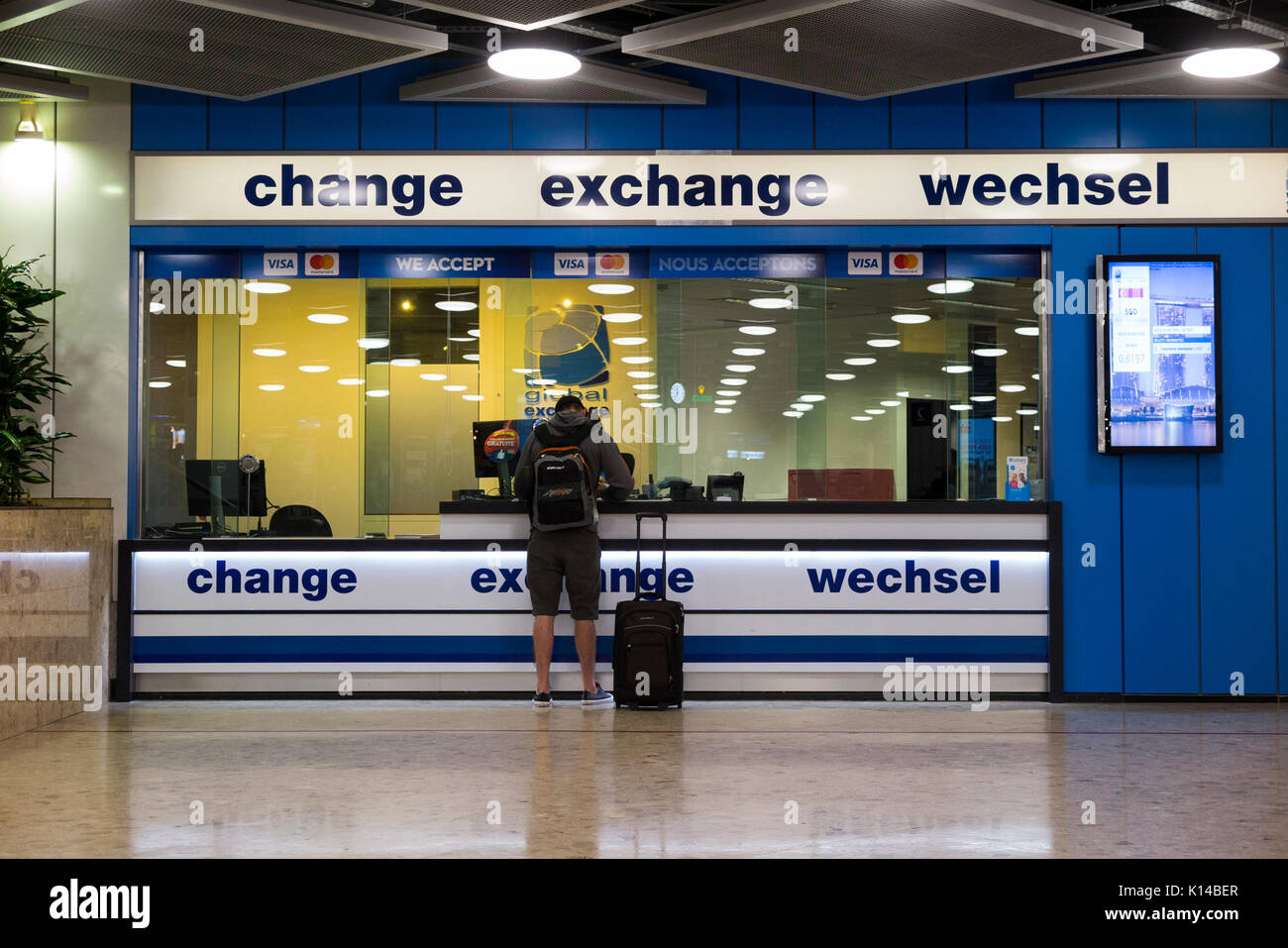 Foreign exchange rates airport stock photos foreign for Bureau exchange