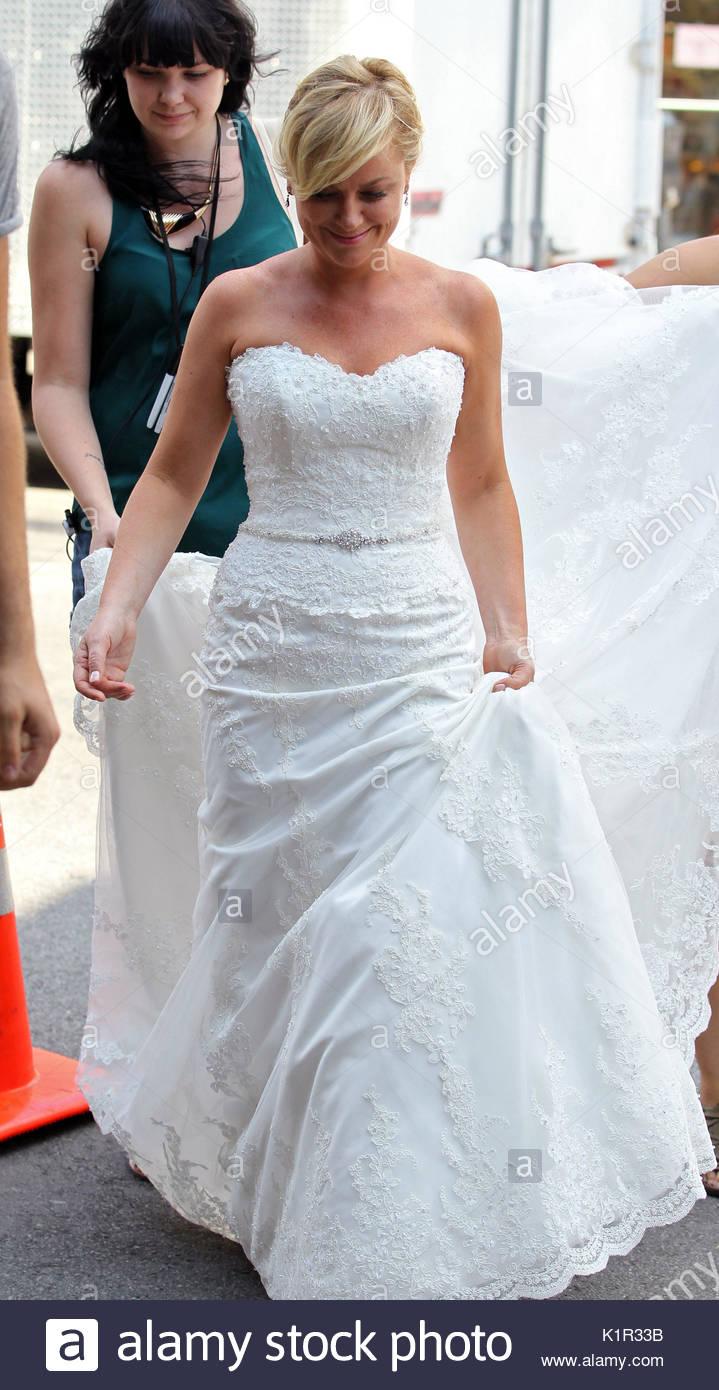 Enchanting Gown Gemach Brooklyn Model - Wedding and flowers ...