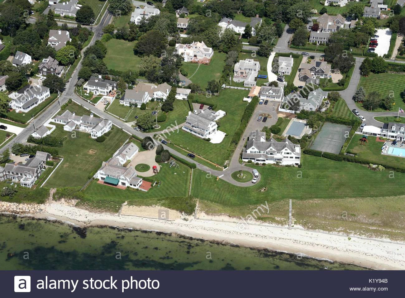 Where Is The Kennedy Compound Located Best Family Rooms