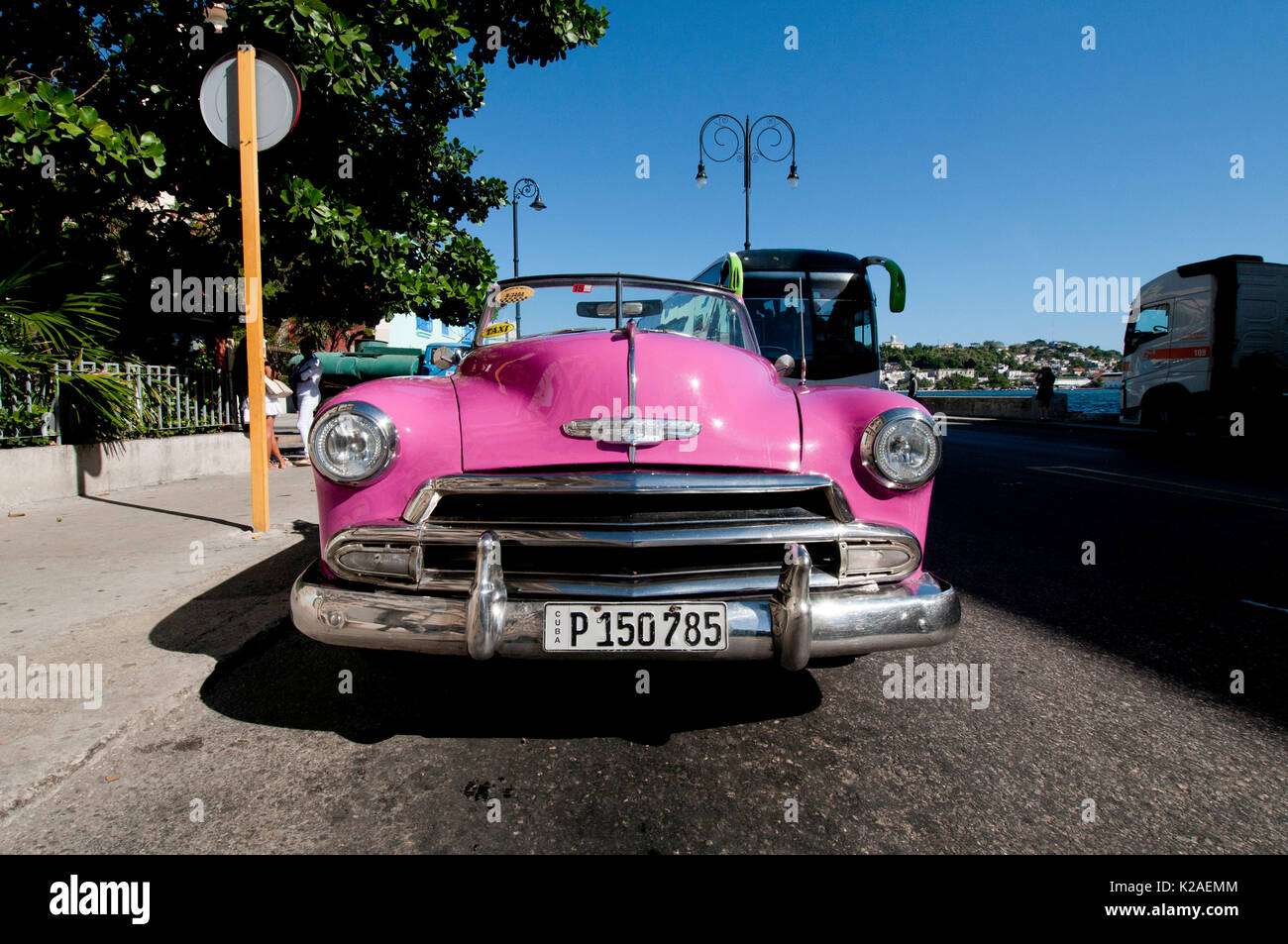 Pink 1953 Chevy convertible taxi parked in Old Havana Cuba Stock ...