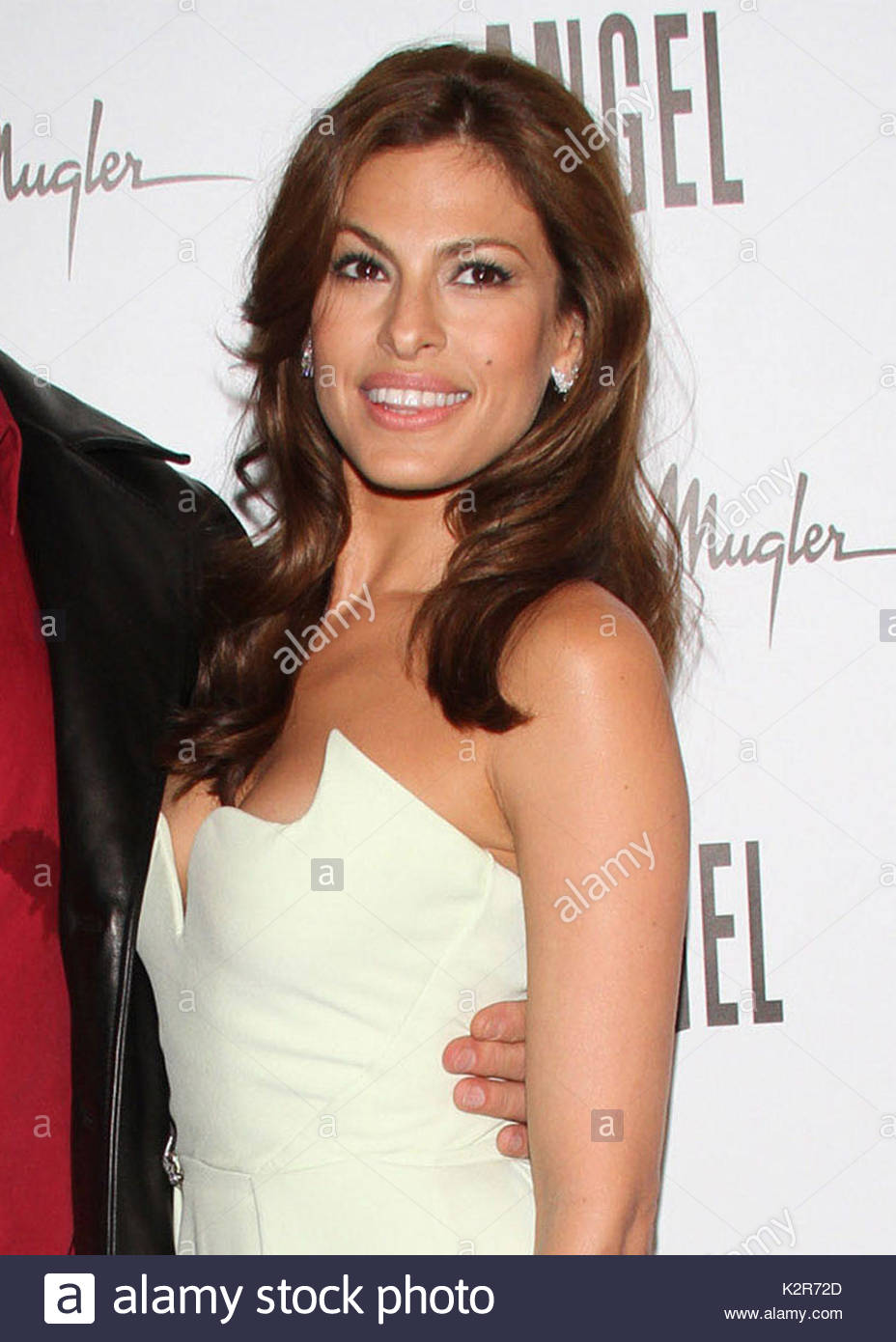 Eva thierry mendes muglers new angel photo