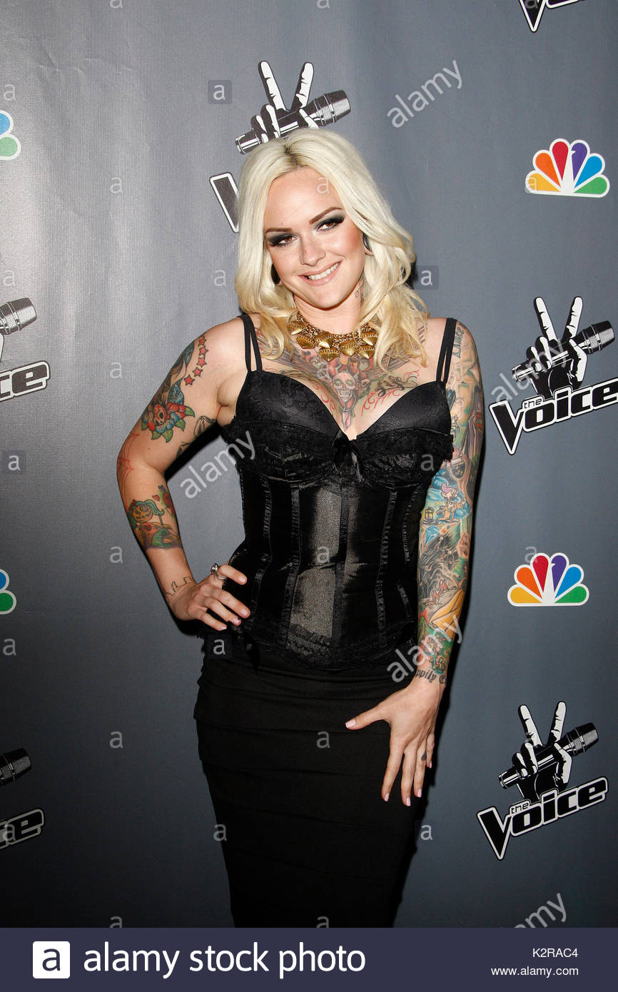 Emily Valentine. Fashions At The U0027The Voiceu0027 Live Finale After Party At The
