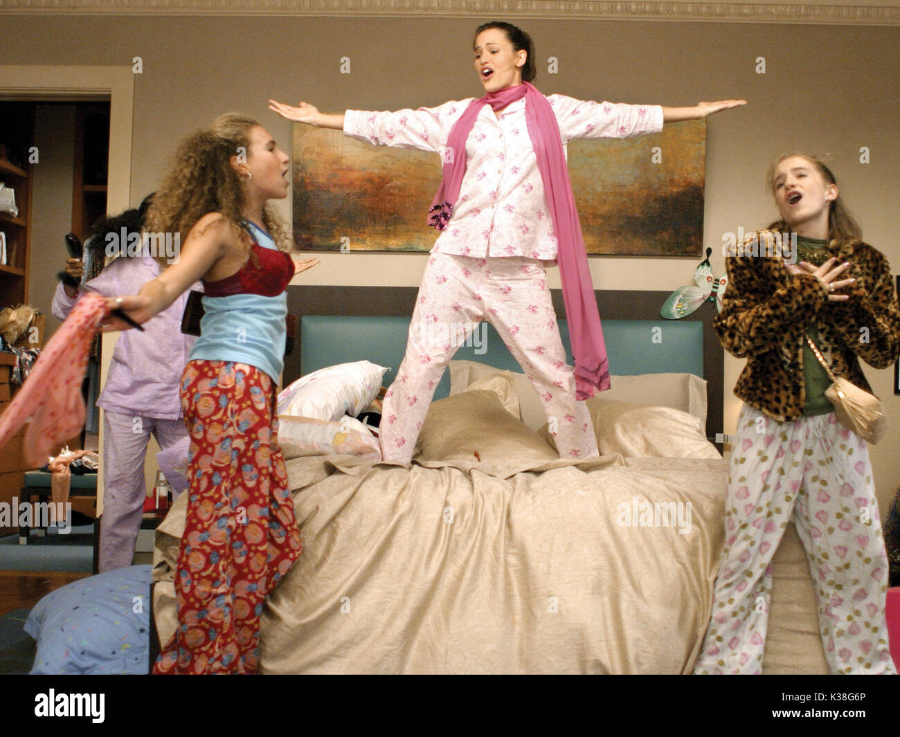 Watch 13 Going on 30 2004 on FlixTor