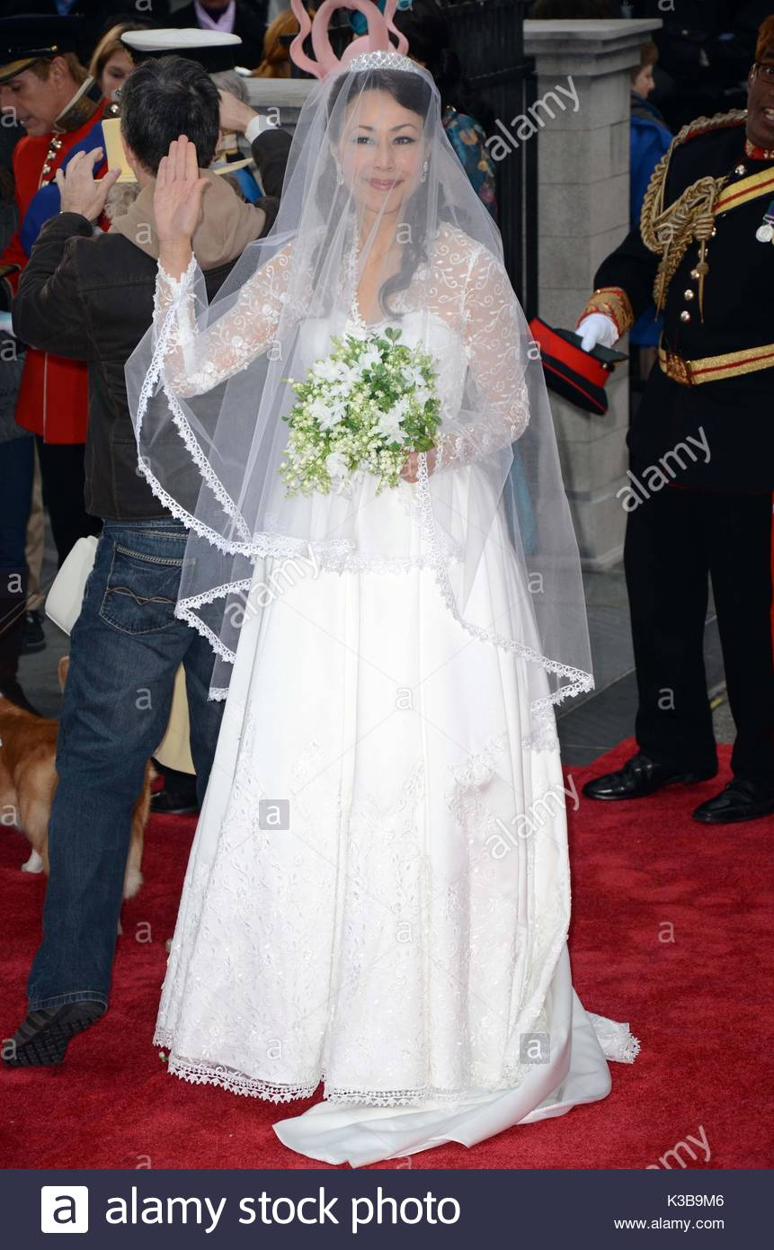 Perfect Natalie Morales Wedding Ring Picture Collection - The ...