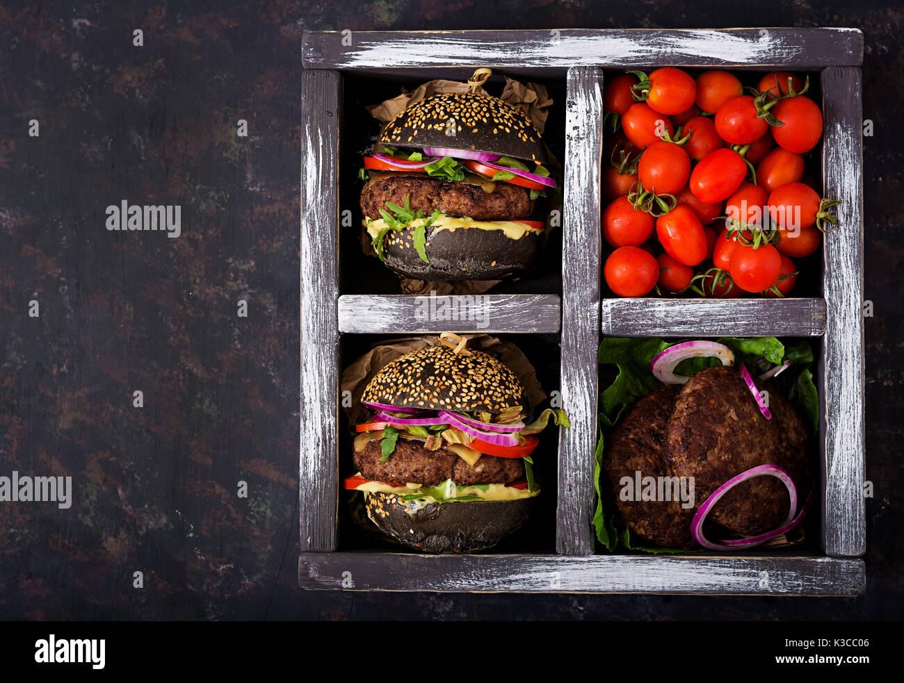 Black Big Sandwich Black Hamburger With Juicy Beef Burger - Black hamburger