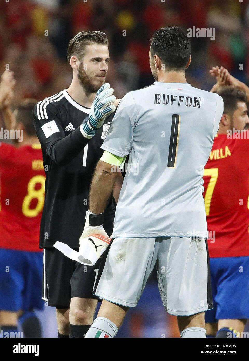866e57da4 Spanish goalkeeper David de Gea (L) greets Italian goalkeeper Gianluigi  Buffon (R) after the qualifying match for the 2018 World Cup in Russia