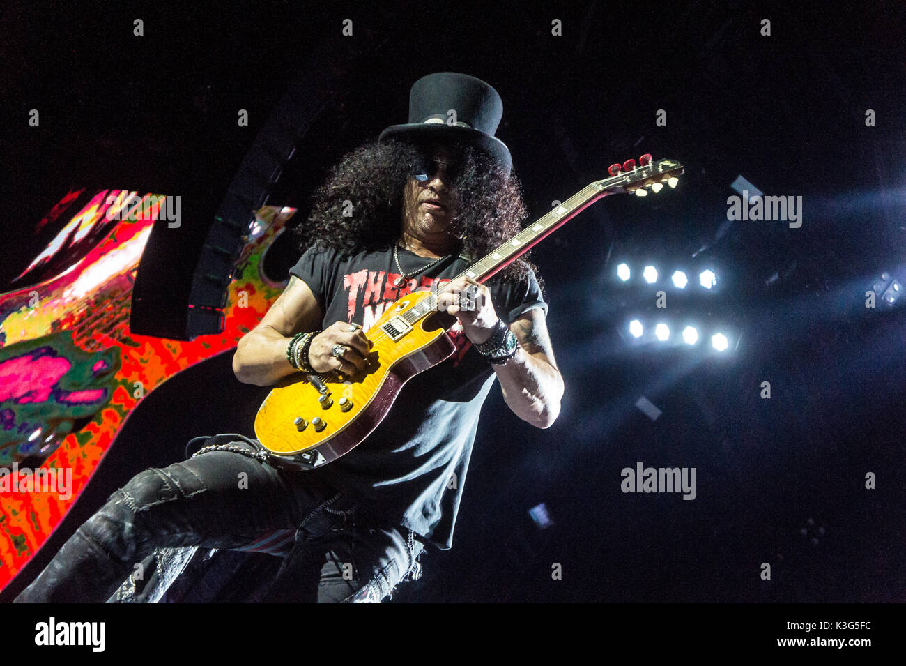guns n roses stock photos guns n roses stock images alamy. Black Bedroom Furniture Sets. Home Design Ideas