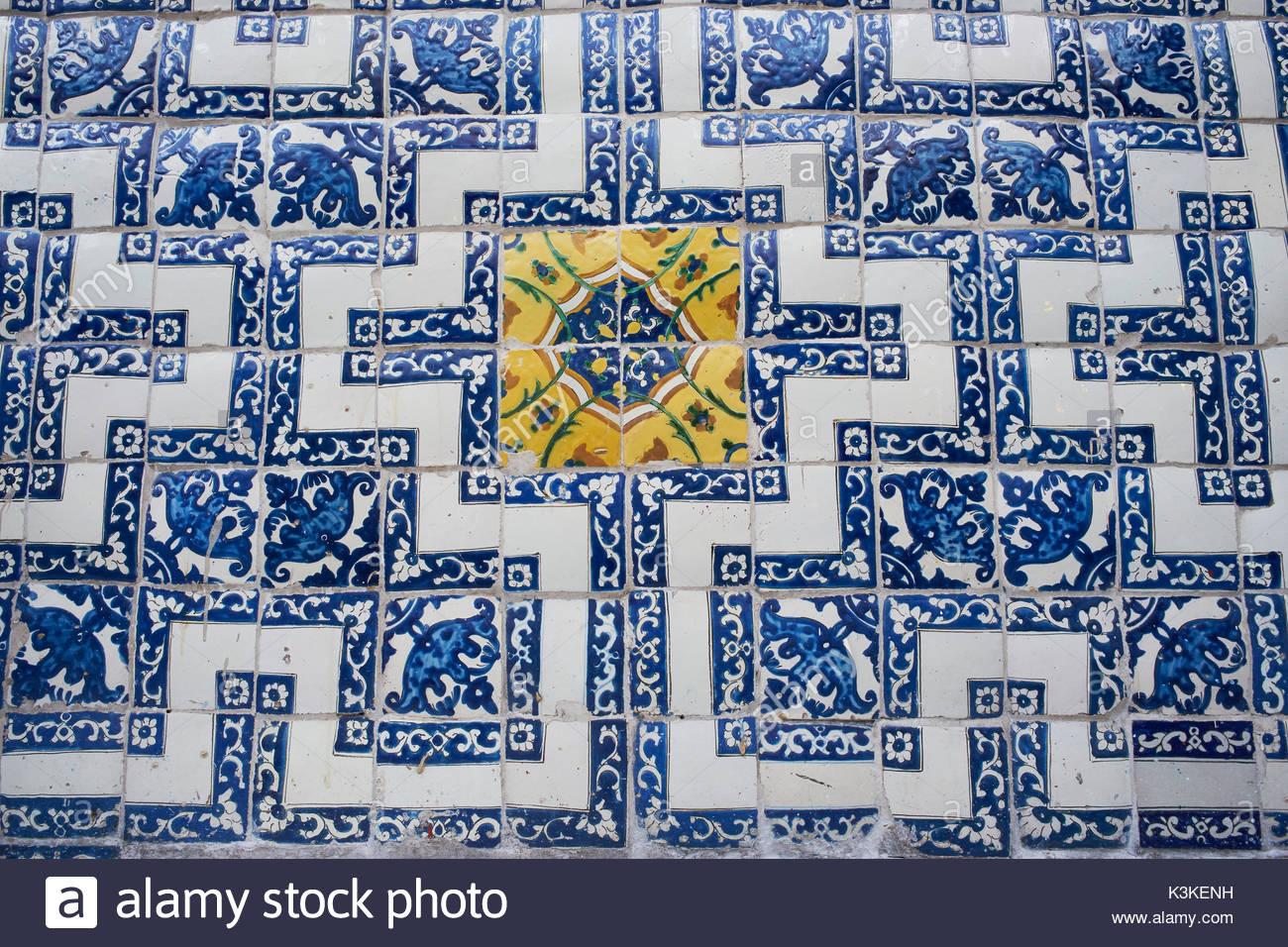 Los azulejos stock photos los azulejos stock images alamy for Azulejos mexico