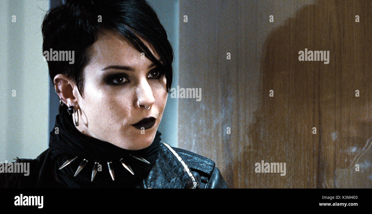 The girl with the dragon tattoo noomi rapace as lisbeth for Noomi rapace the girl with the dragon tattoo