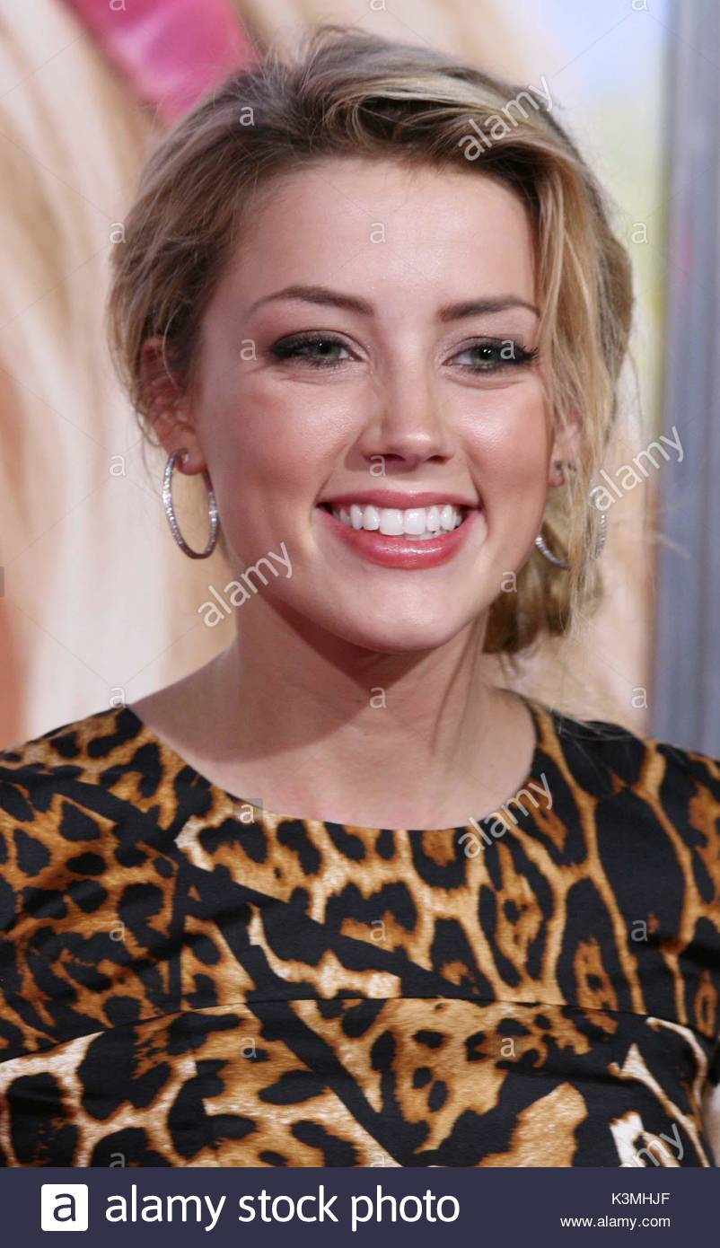 Amber heard amber heard arriving at the los angeles premiere of amber heard amber heard arriving at the los angeles premiere of columbia pictures the house bunny held at the mann village theater in westwood sciox Image collections