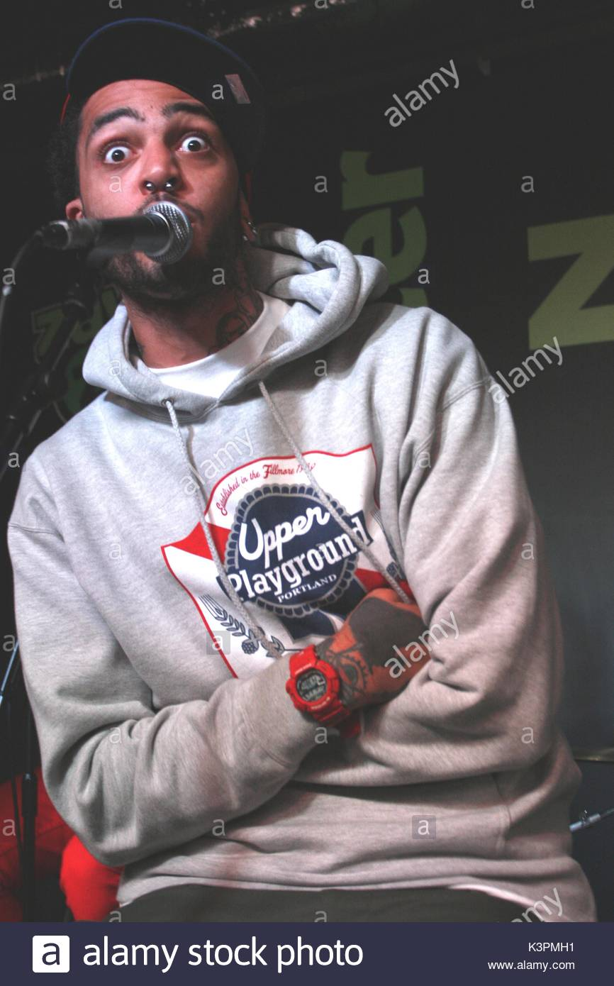 Travis Mccoy Gym Class Heroes Launch Their New Album The Quilt