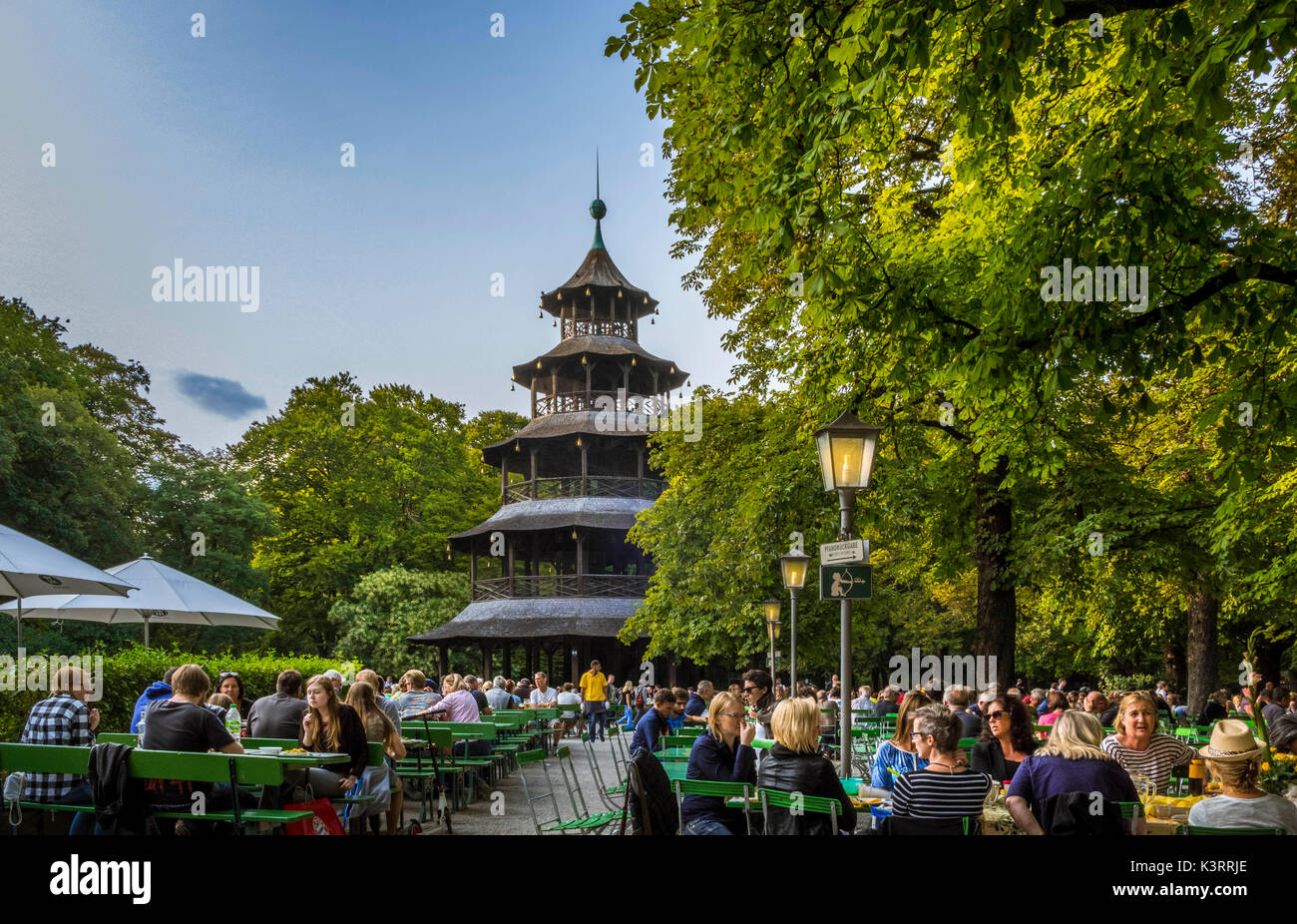 englischer garten beer stock photos englischer garten beer stock images alamy. Black Bedroom Furniture Sets. Home Design Ideas