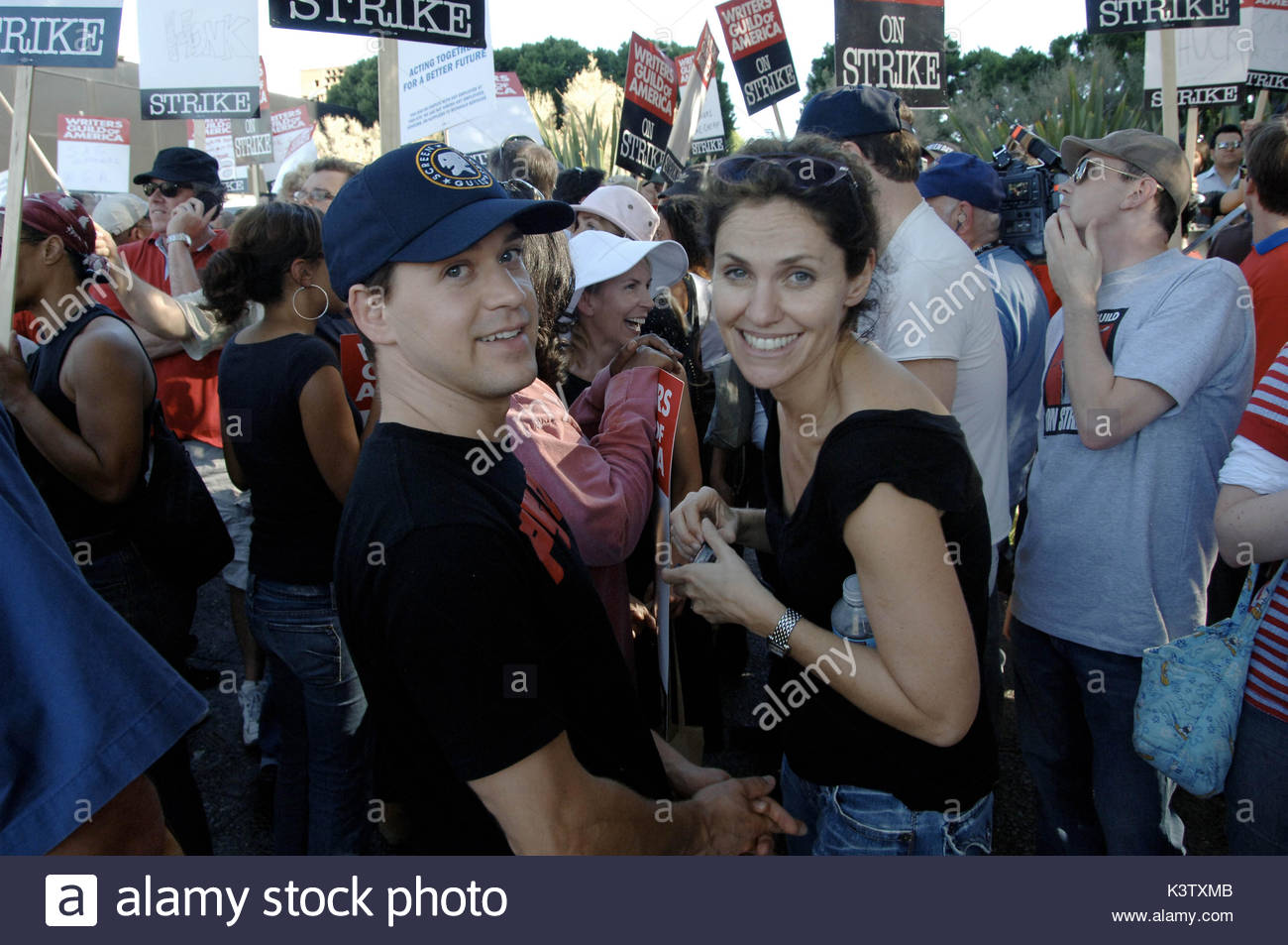 TR Knight of Grey\'s Anatomy and Amy Brenneman of Private Practice ...