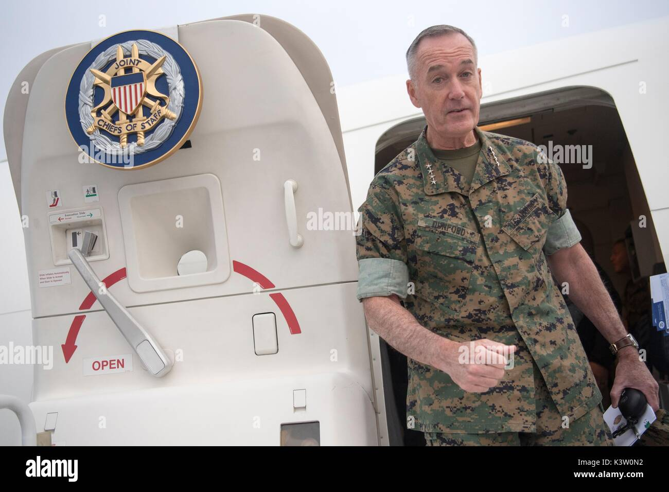 Fort greely stock photos fort greely stock images alamy for Chair joint chiefs of staff
