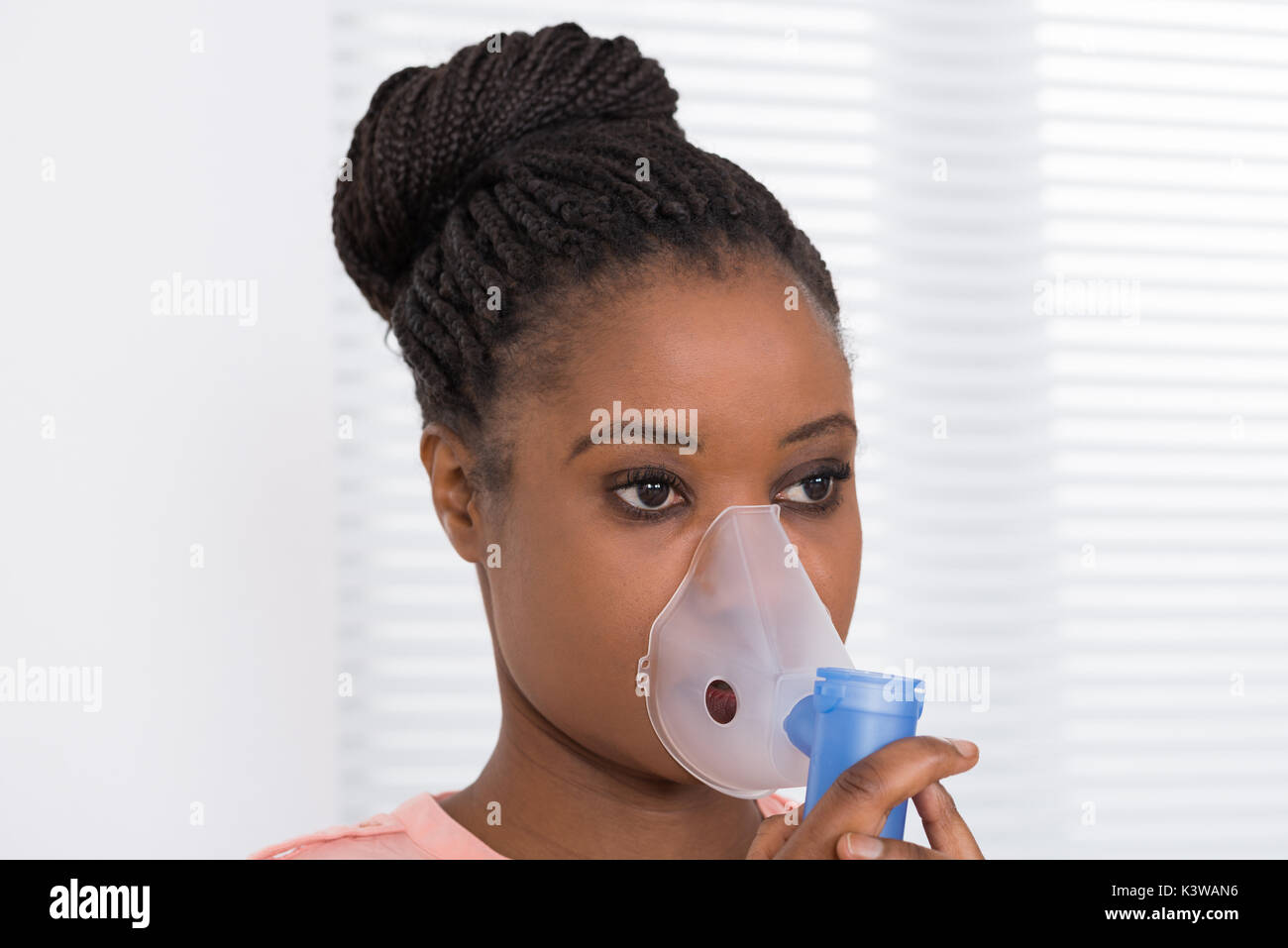 Close-up Of Young African Woman Using Oxygen Mask - Stock Image  sc 1 st  Alamy & Oxygen Mask Woman Stock Photos u0026 Oxygen Mask Woman Stock Images ...