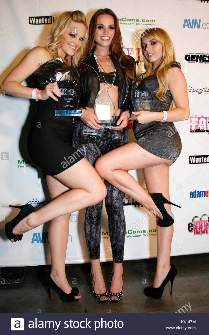 Alexis Texas Tori Black And Lexi Belle The F A M E Awards At Exxxotica The Largest Adult Consumer Show In The Country At The Los Angeles Convention