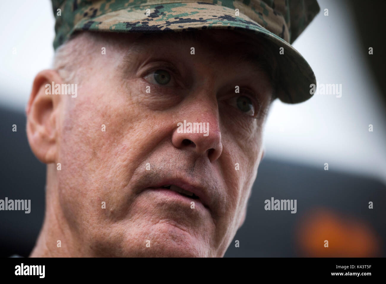 Po1 stock photos po1 stock images alamy for Chair joint chiefs of staff