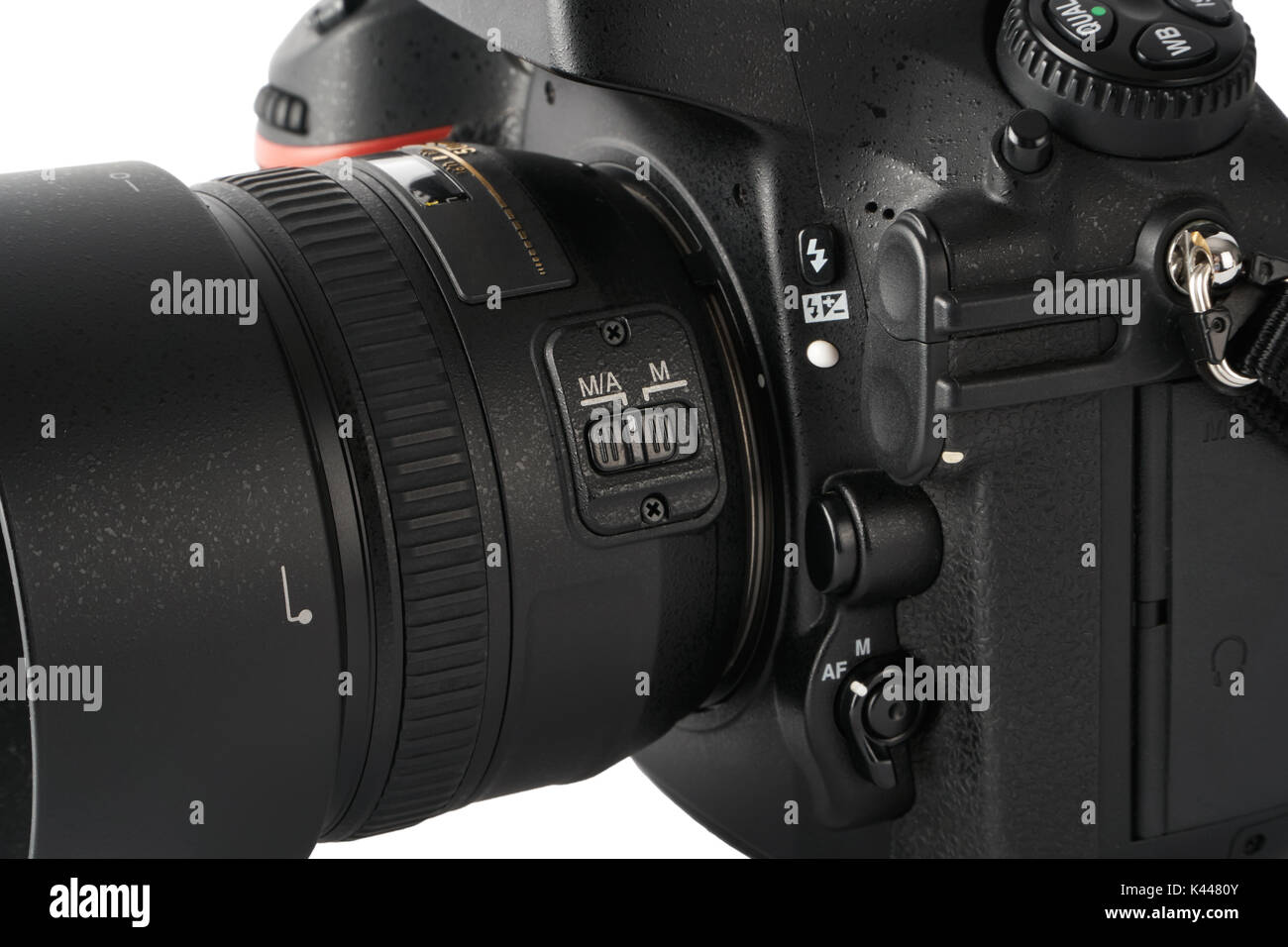 closeup of auto focus and manual focus switch on a dslr camera with rh alamy com how to set manual focus on canon dslr how to use manual focus dslr