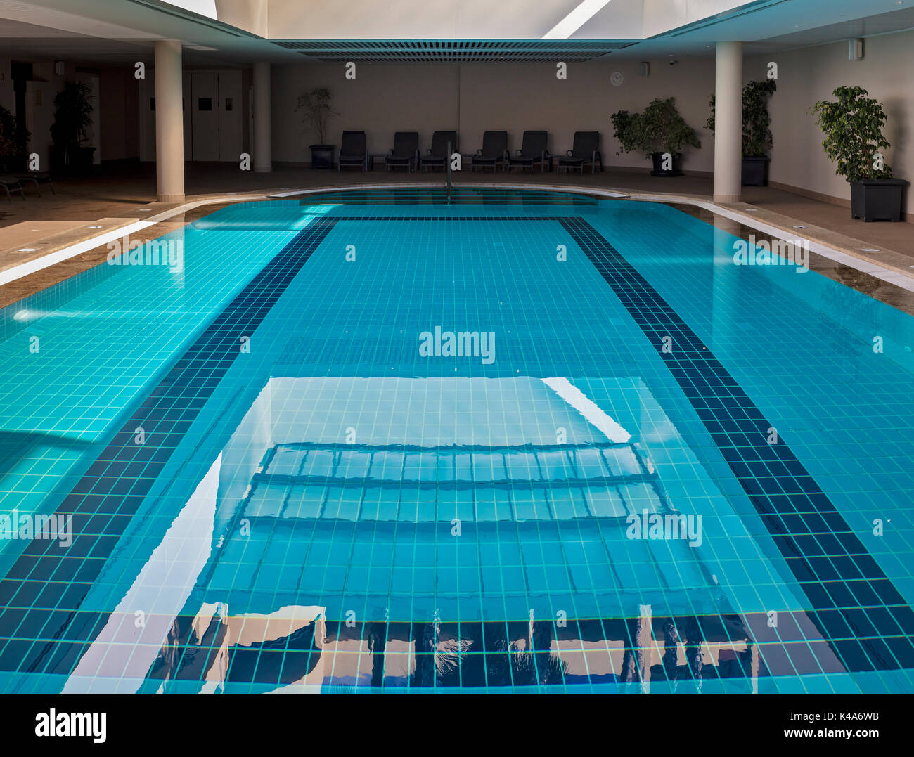 schwimmhalle stock photos schwimmhalle stock images alamy. Black Bedroom Furniture Sets. Home Design Ideas