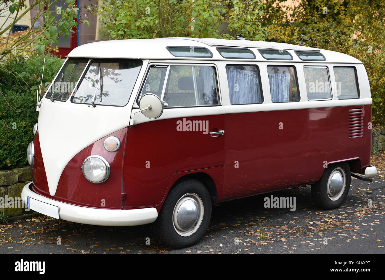 vw bus t1 stock photos vw bus t1 stock images alamy. Black Bedroom Furniture Sets. Home Design Ideas