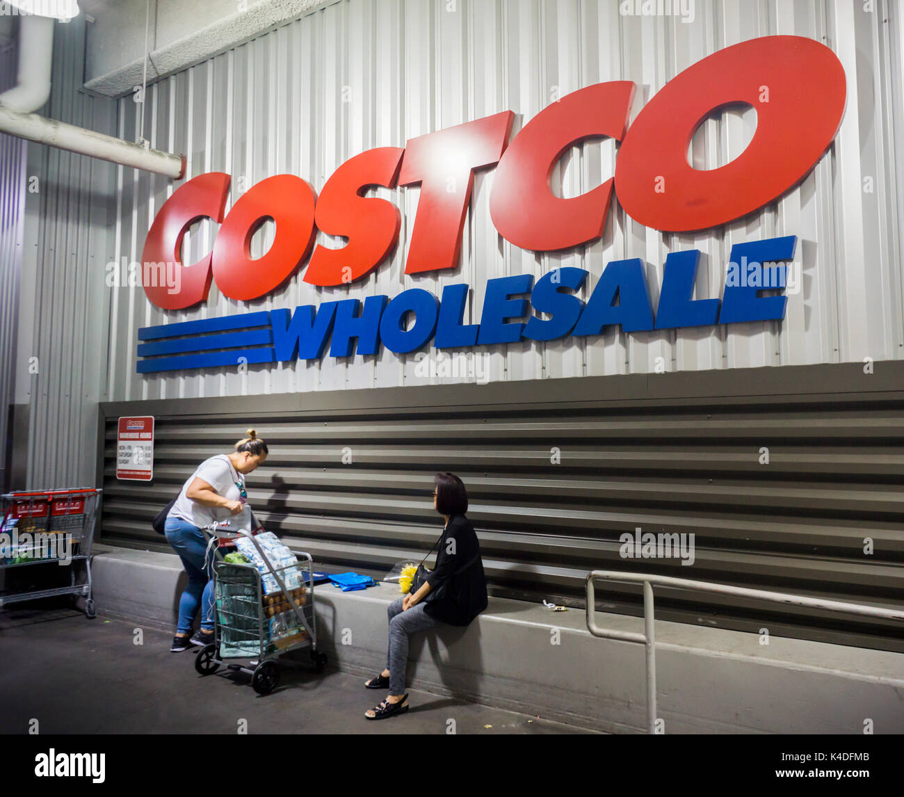 Costco Usa Stock Photos & Costco Usa Stock Images