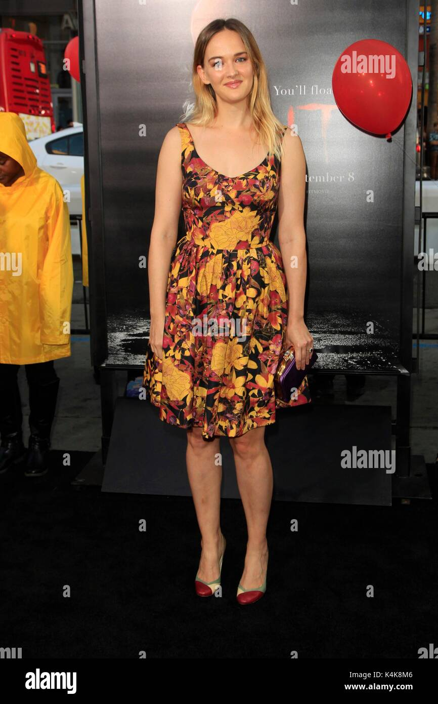 Jess weixler it premiere in los angeles naked (99 photo), Tits Celebrity pictures