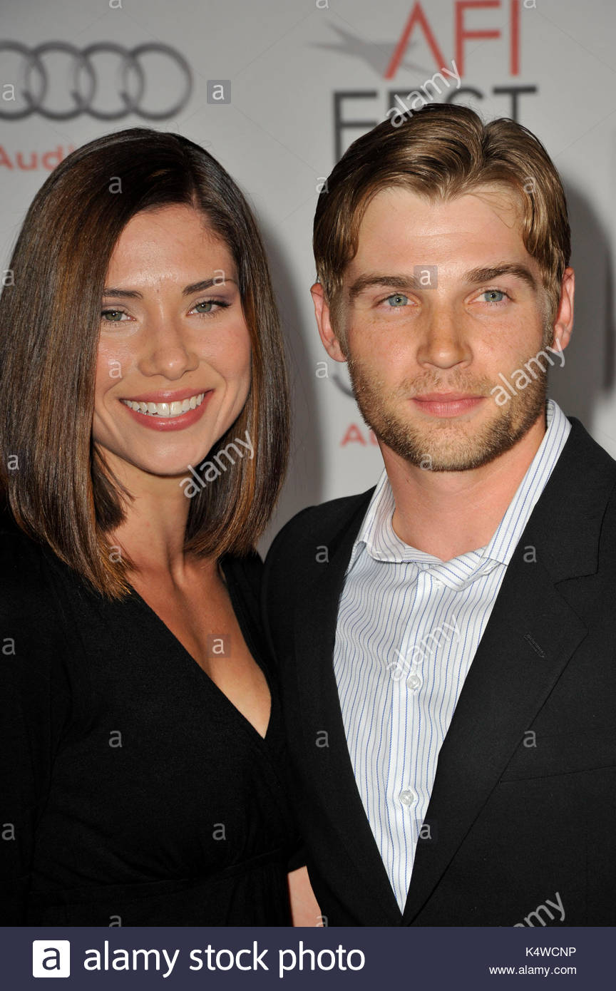 courtney vogel and mike vogel stock photos amp courtney