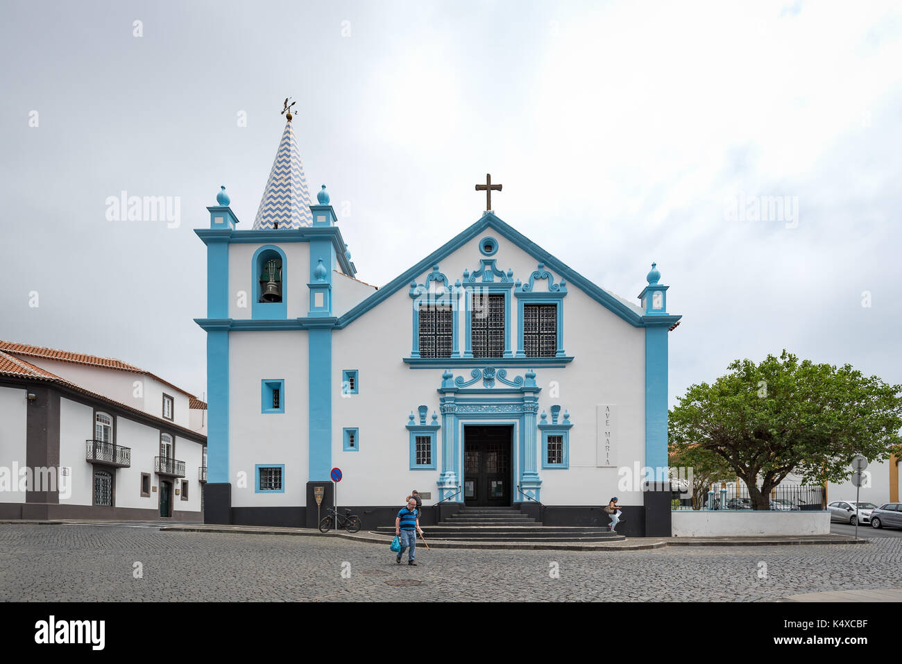 angra do heroismo black girls personals Pope visits azores by jill jolliffe  he drove in his plastic-topped 'popemobile' from the airport to angra do heroismo,  reliable reporting dating back to.