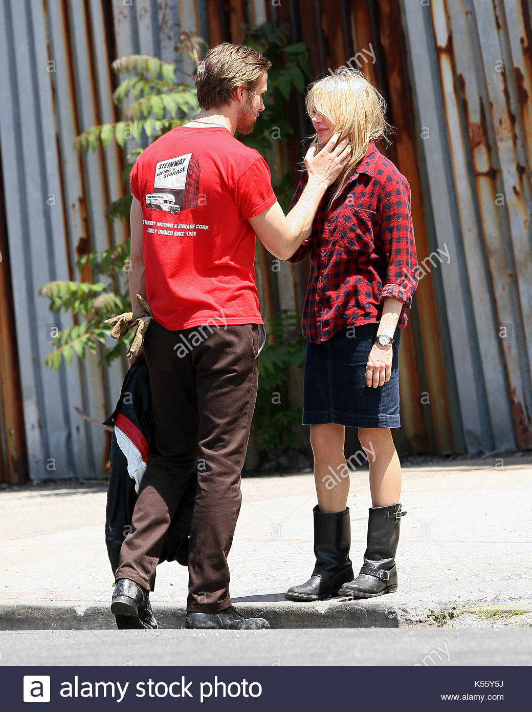 Michelle Williams And Ryan Gosling. Michelle Williams And Her Co Star Ryan  Gosling Get