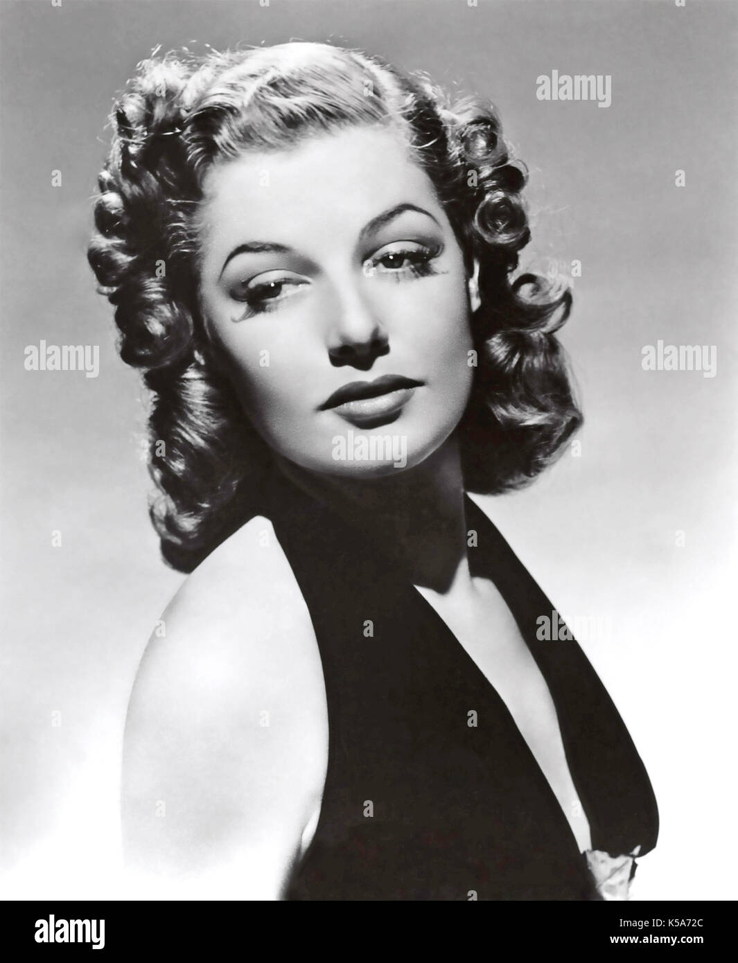 1940s Actresses Who Inspire Us To Heat Up The Hot Rollers | HuffPost