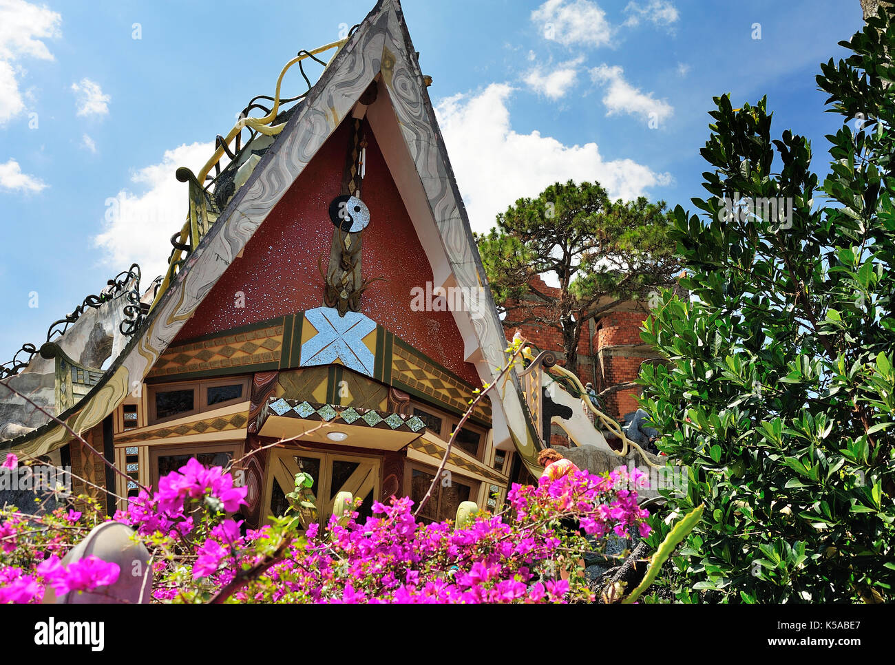 Hang Nga Crazy House Stock Photos \u0026 Hang Nga Crazy House Stock ...