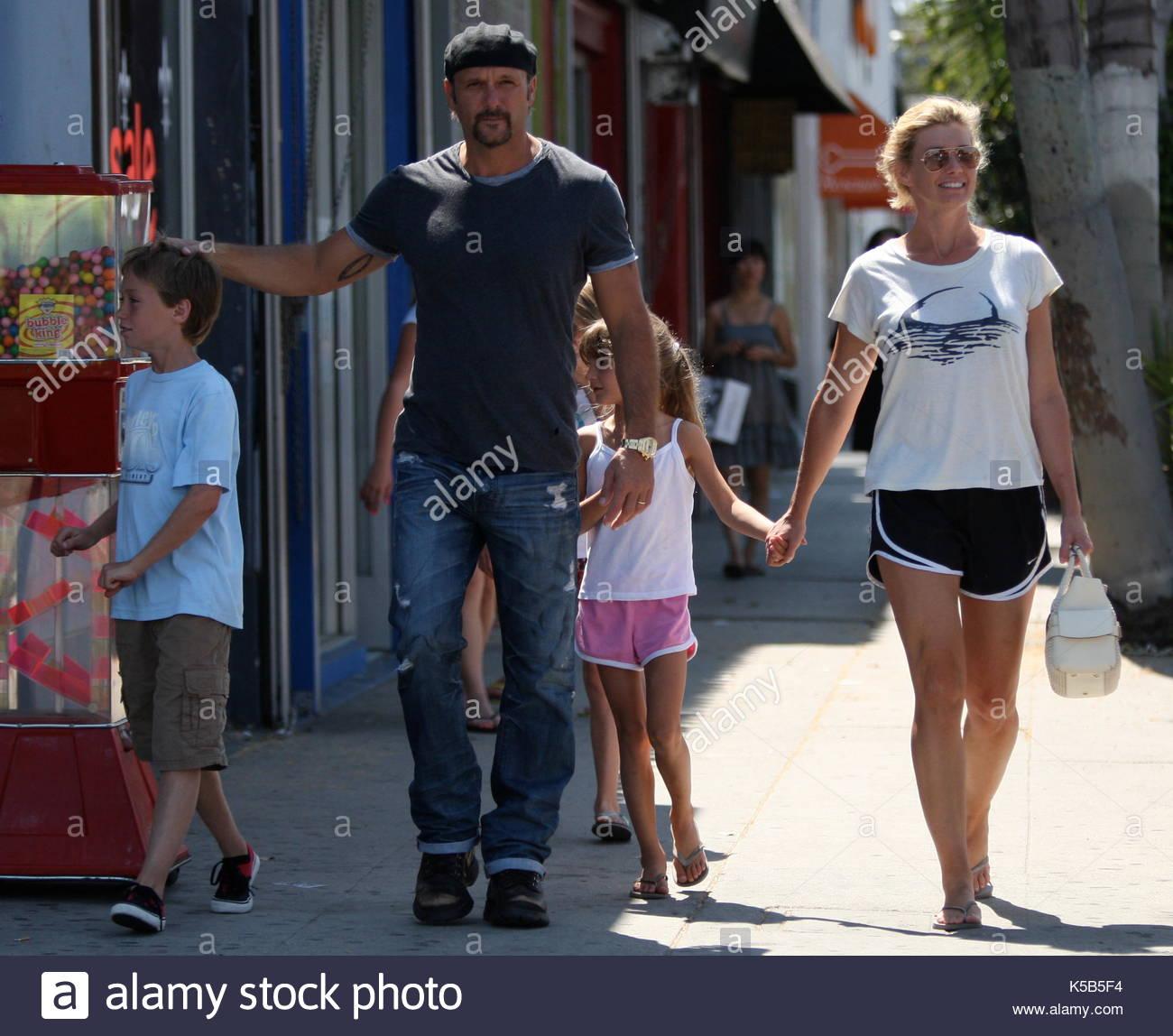 Faith hill tim mcgraw and their children faith hill and for How old are tim mcgraw and faith hill s kids