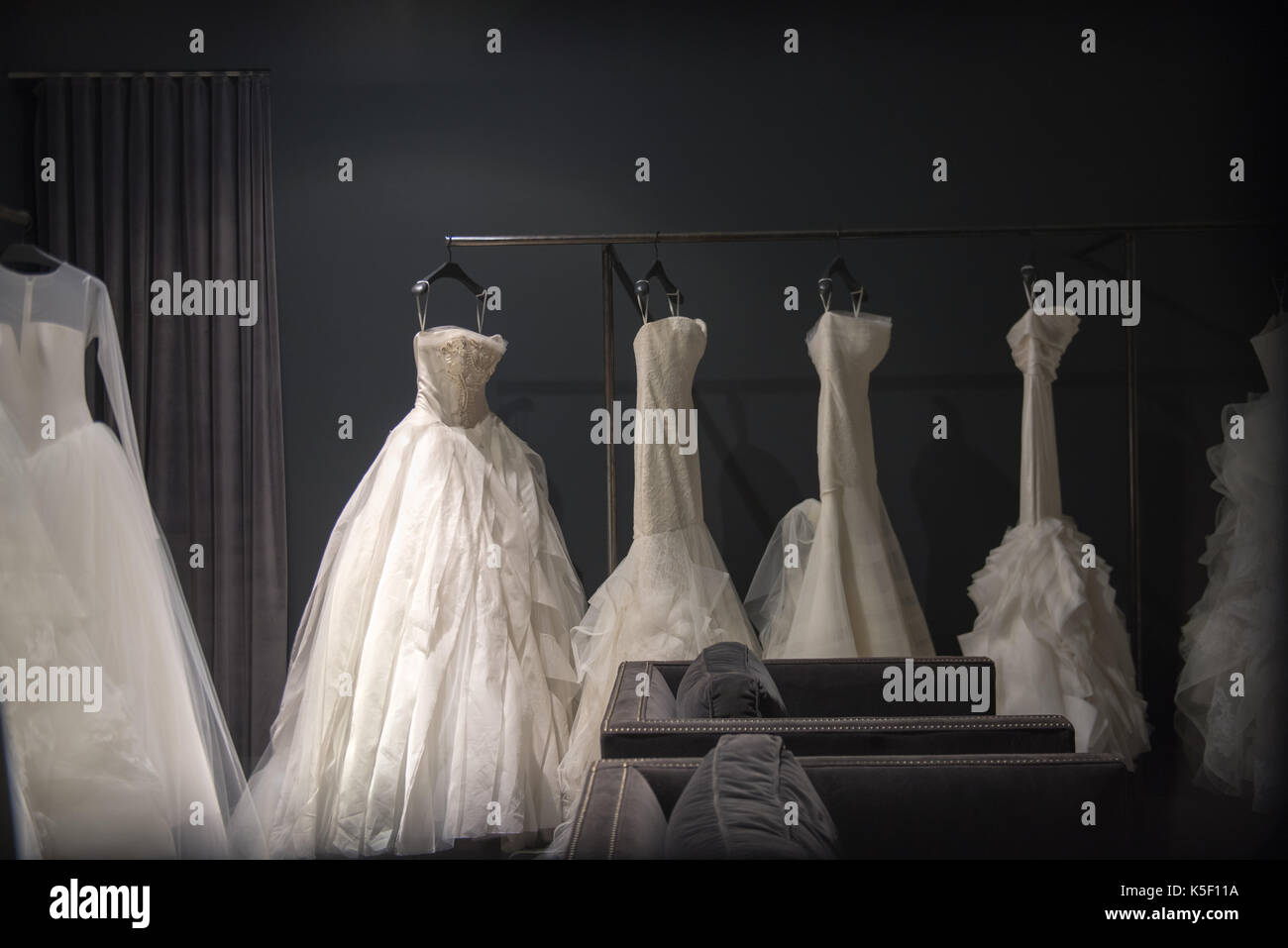 Wedding Gown Display Stock Photos & Wedding Gown Display Stock ...