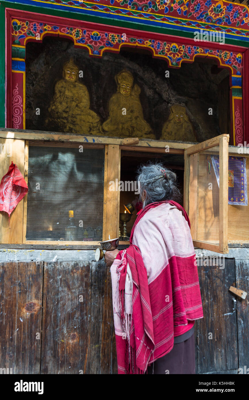 buddhist singles in central lake 232 chinese buddhist grottoes 24 central perhaps the single most significant blow to buddhism in india india — a sacred lake associated with the.