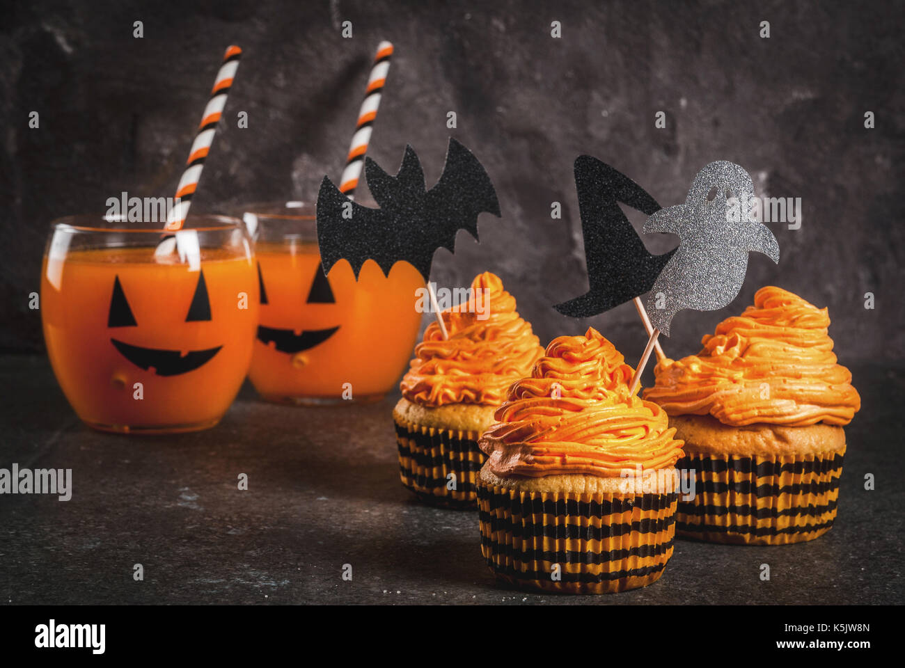 simple idea of funny kidu0027s treat for halloween pumpkin cakes with cream with decorations