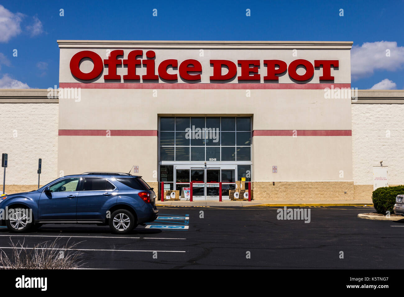 Officemax Stock Photos Officemax Stock Images Alamy