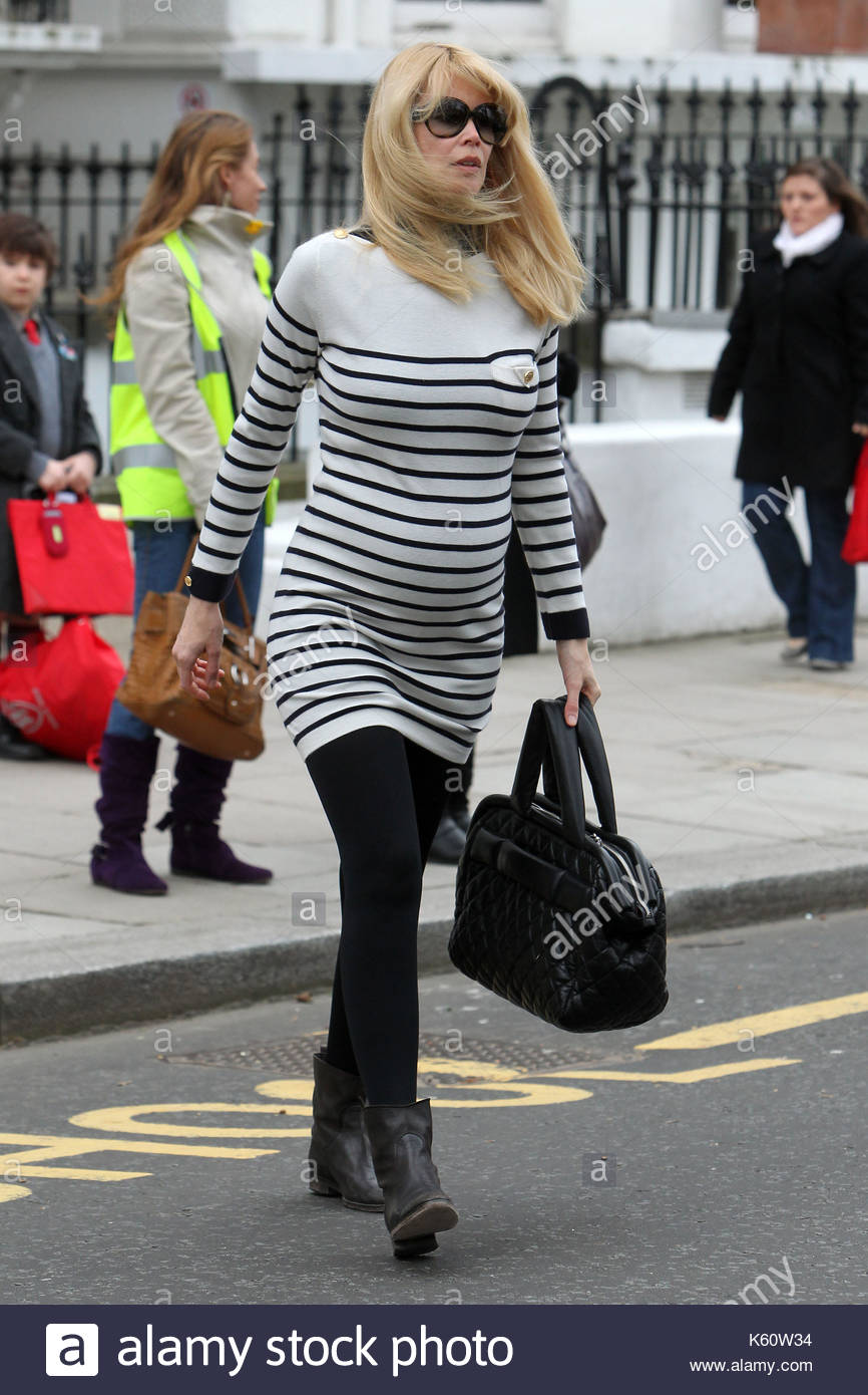 Claudia Schiffer gave birth to a child from a resident of Cheboksary 07.12.2011 85
