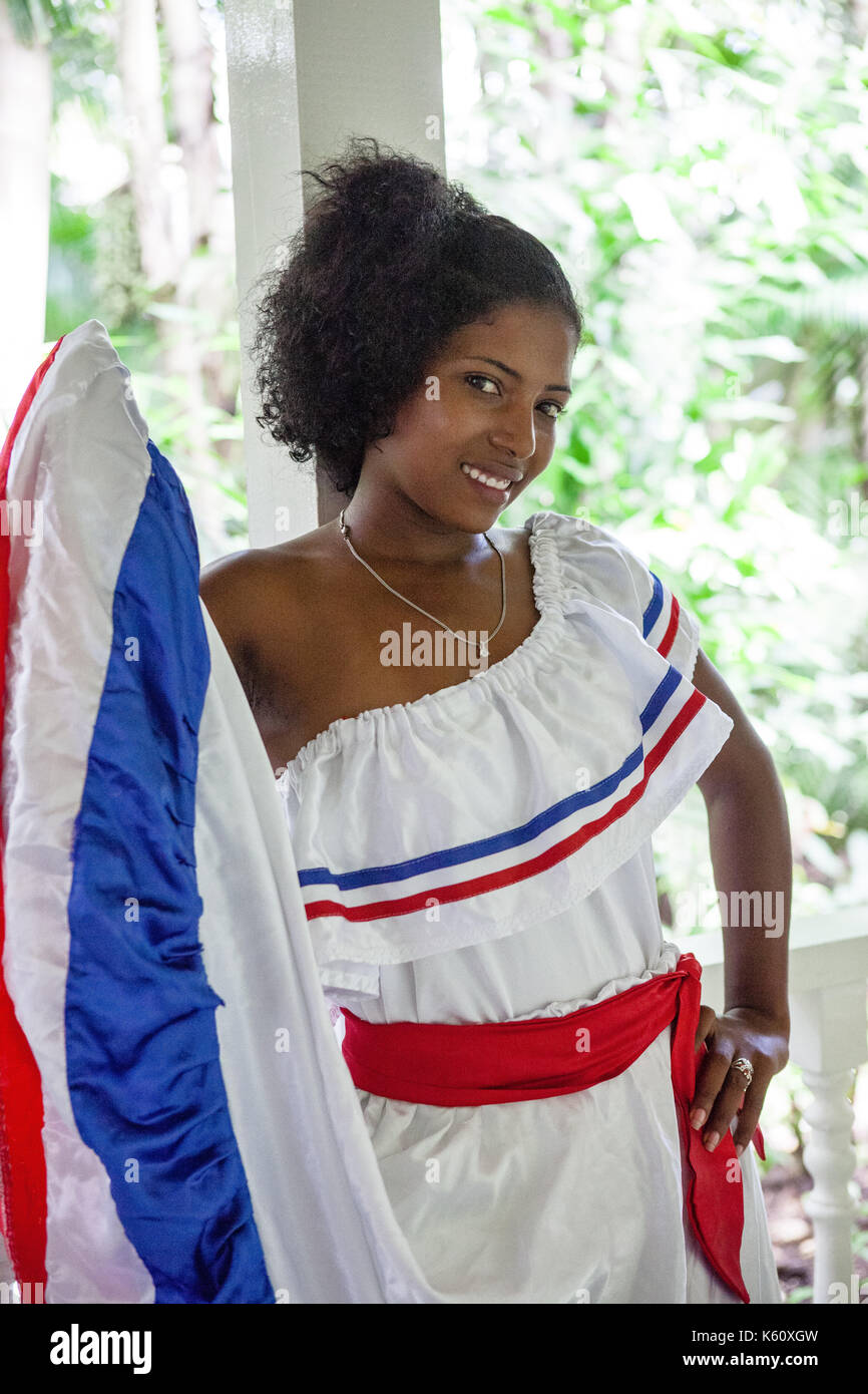 how do they dress in the dominican republic