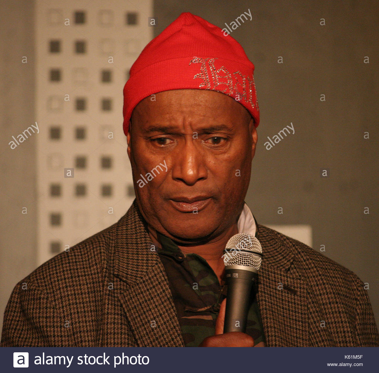Paul mooney paul mooney performed at the helium comedy for Helium comedy club
