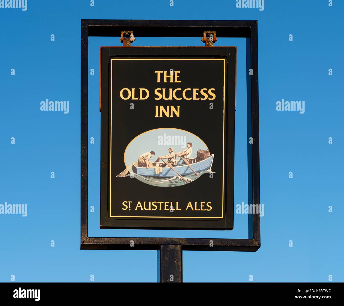 Holiday Inn Express Wall Street: Sign Of An Inn Stock Photos & Sign Of An Inn Stock Images