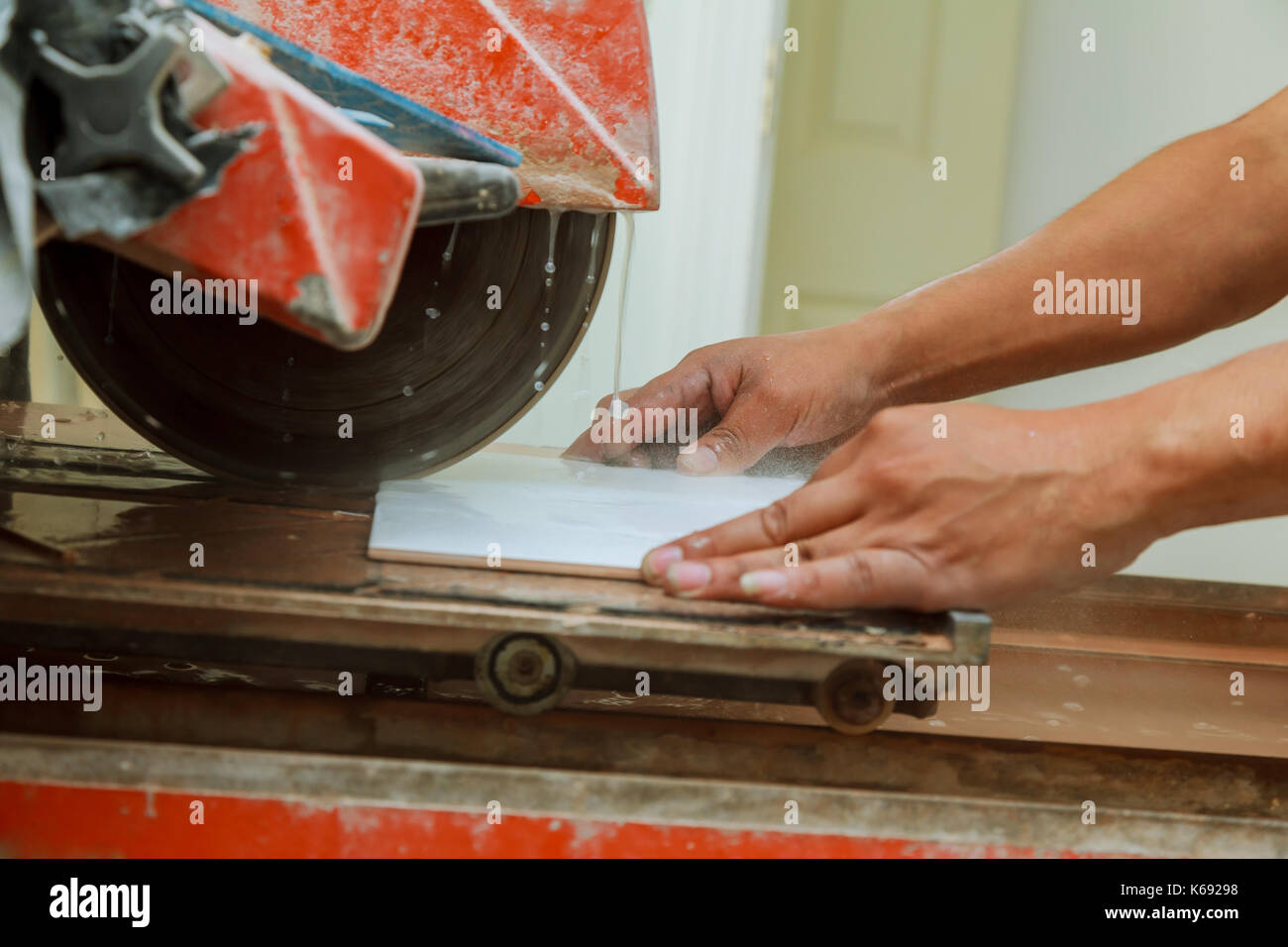 How to use a ceramic tile cutter