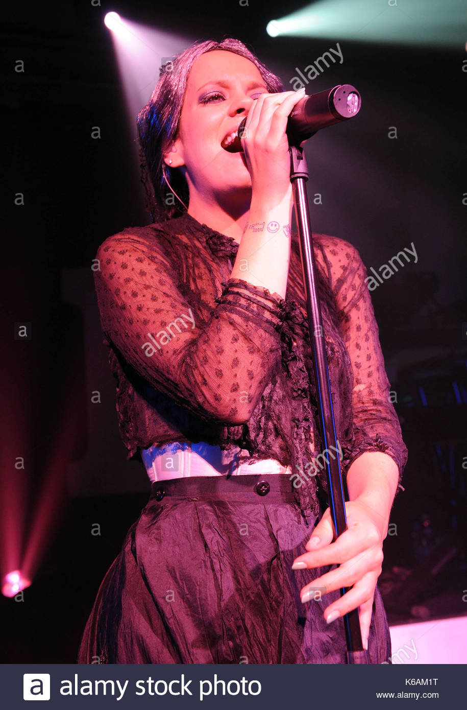 Lily Allen performs special gig with Pink in LA