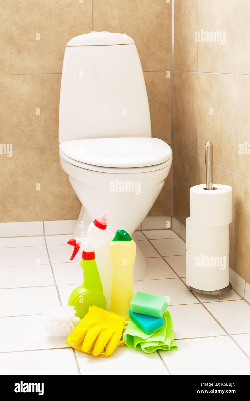 toilet cleaner stock photos toilet cleaner stock images alamy. Black Bedroom Furniture Sets. Home Design Ideas