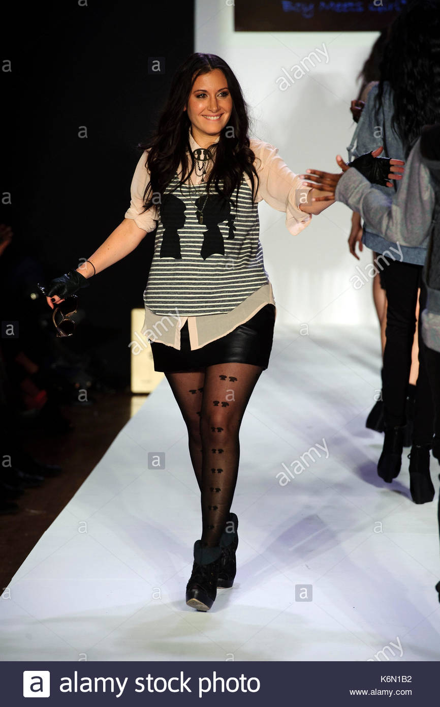 total when boy meets girl music Inspired by the vibrant new york art and music scenes, boy meets girl® has been a staple and leader at new york fashion week incorporating live music down the runway, the brand has worked with musical acts such as the neon trees, wyclef jean, natasha bedingfield, and austin mahone, justine skye as well as with.
