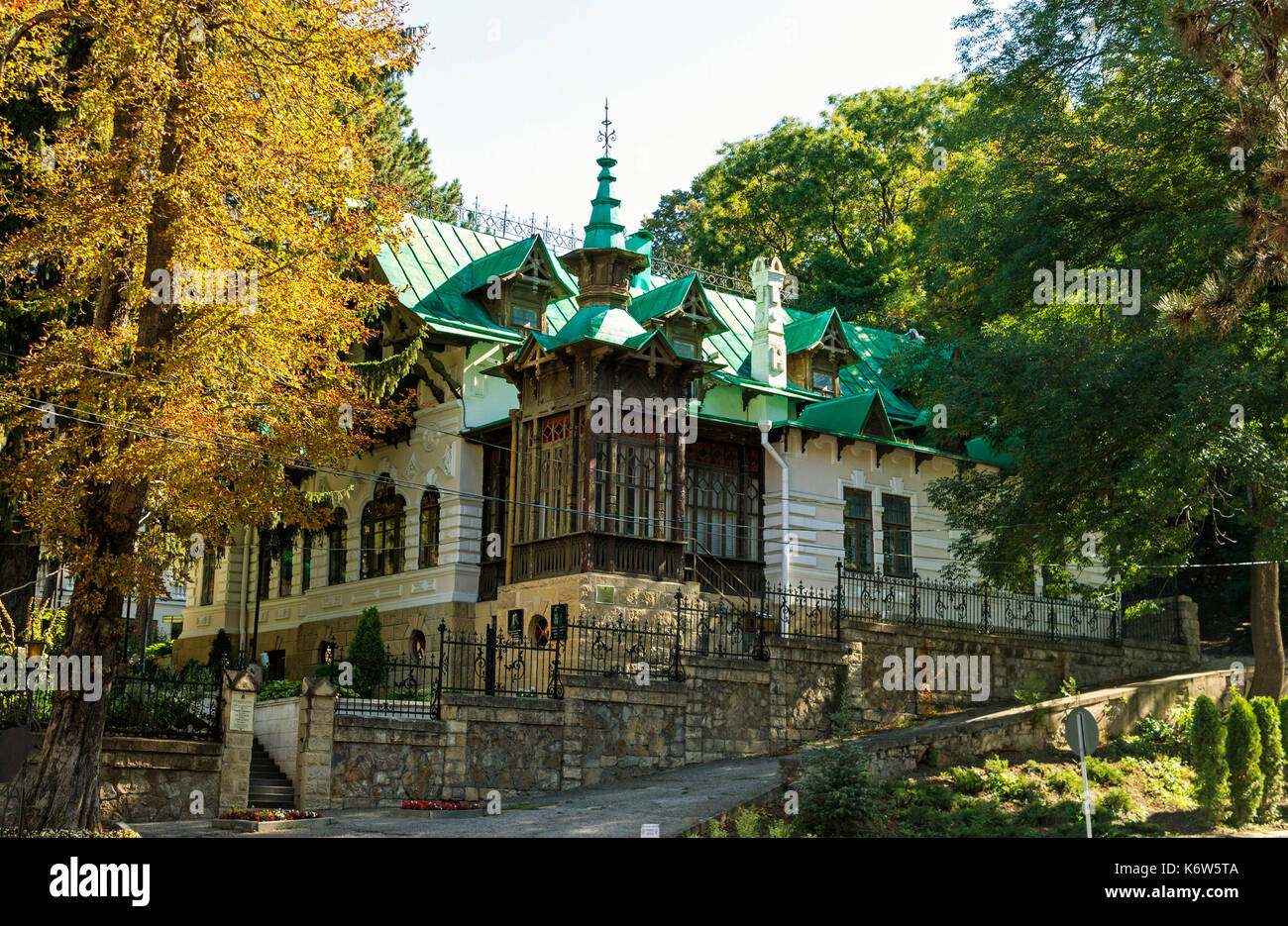 Where to go to Kislovodsk - interesting places, attractions and reviews